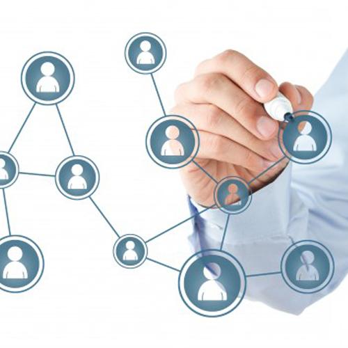 Network, gruppi, catene, retail: gli strumenti per la gestione della farmacia in rete